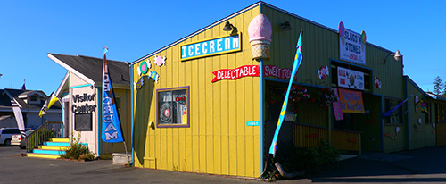 Visitor center and ice cream shop in Brookings, Oregon
