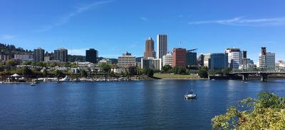 Willamette River by Portland, Oregon