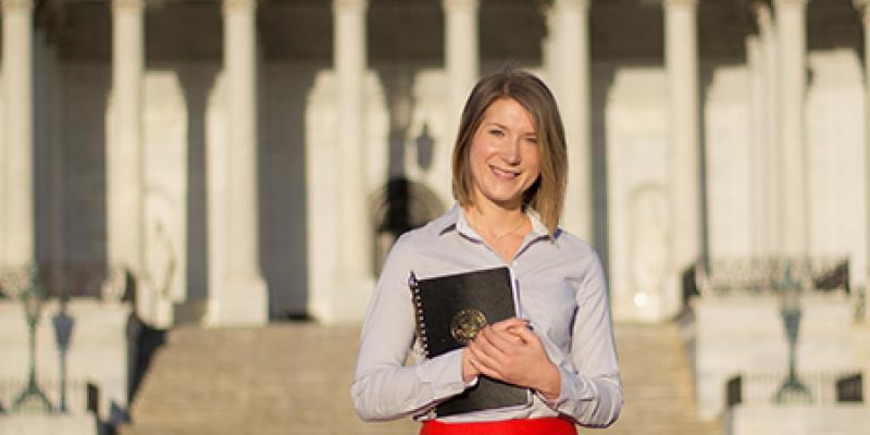 Knauss Fellow Melissa Errend standing in front of U.S. capitol